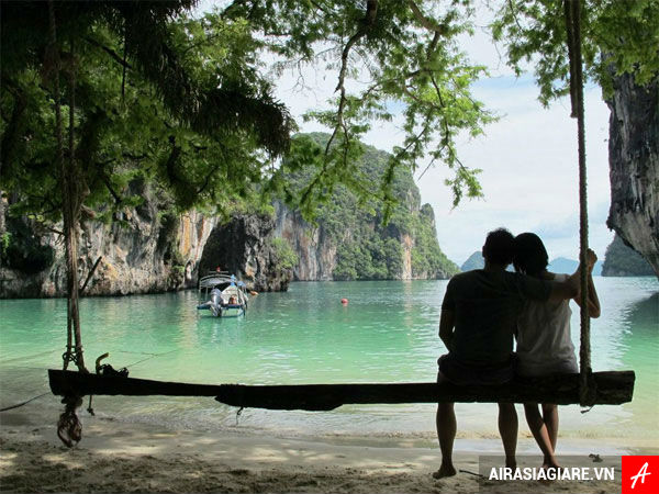 ve may bay gia re di krabi