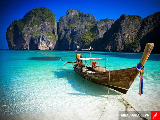 ve may bay di phuket gia re