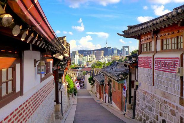 ve-may-bay-ha-noi-di-seoul-air-asia-gia-re-18-10-2018-2
